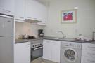 83-kitchen_1061