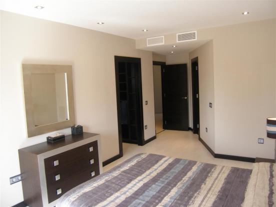 main bedroom bis