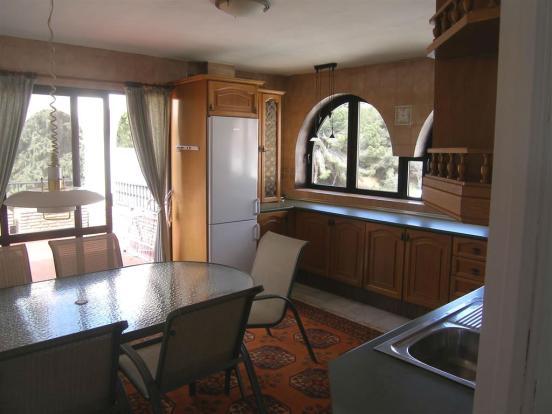 1 (6) Kitchen