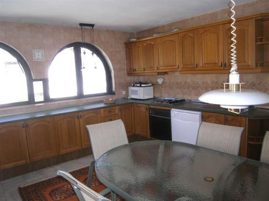 1 (8) kitchen