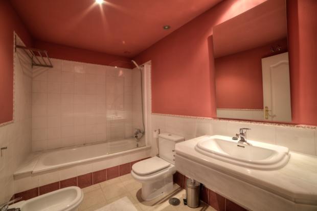 Bathroom 2 - Copy