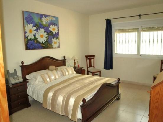 11 MAIN BED