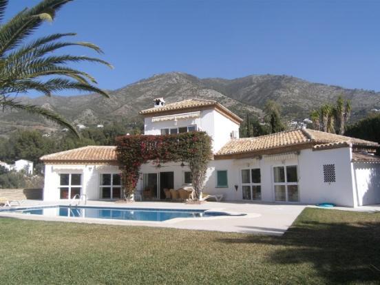 1 (1) Villa