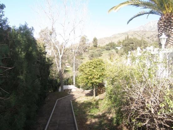 1 (2) Gardens