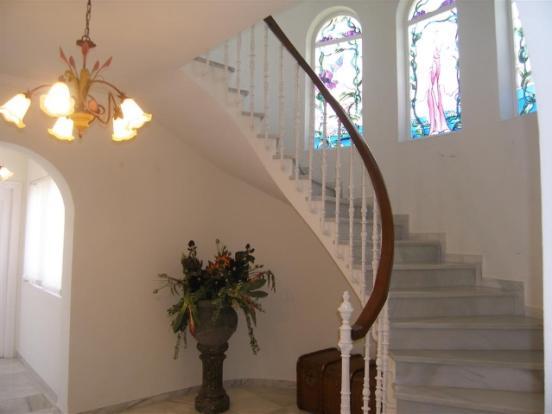 1 (21) Stair case