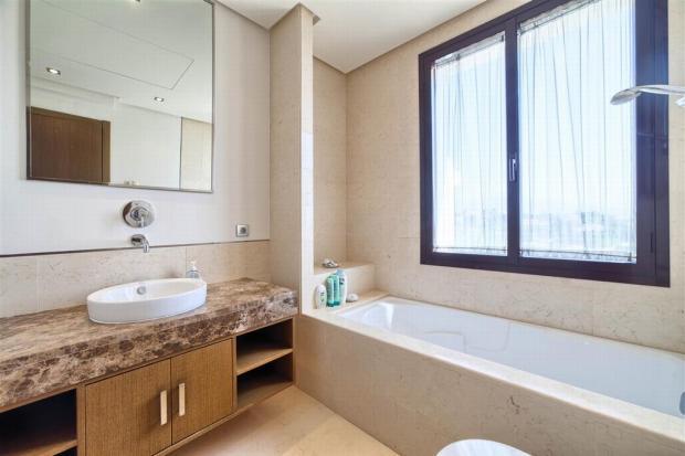 21 guest bathroom