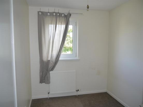 Bedroom3 .JPG
