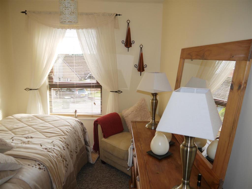 bedroom3 new.JPG