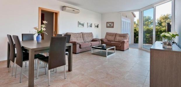 290-194-lounge2