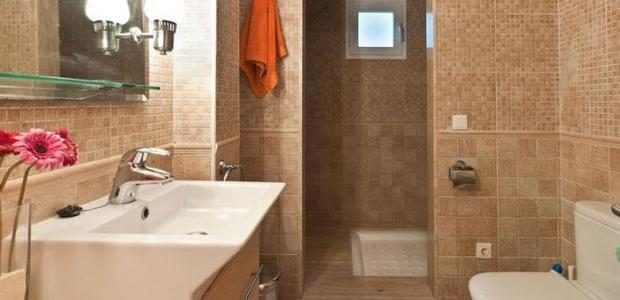 295-194-bathroom