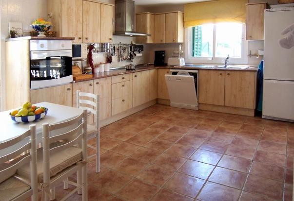 MUR5837 kitchen