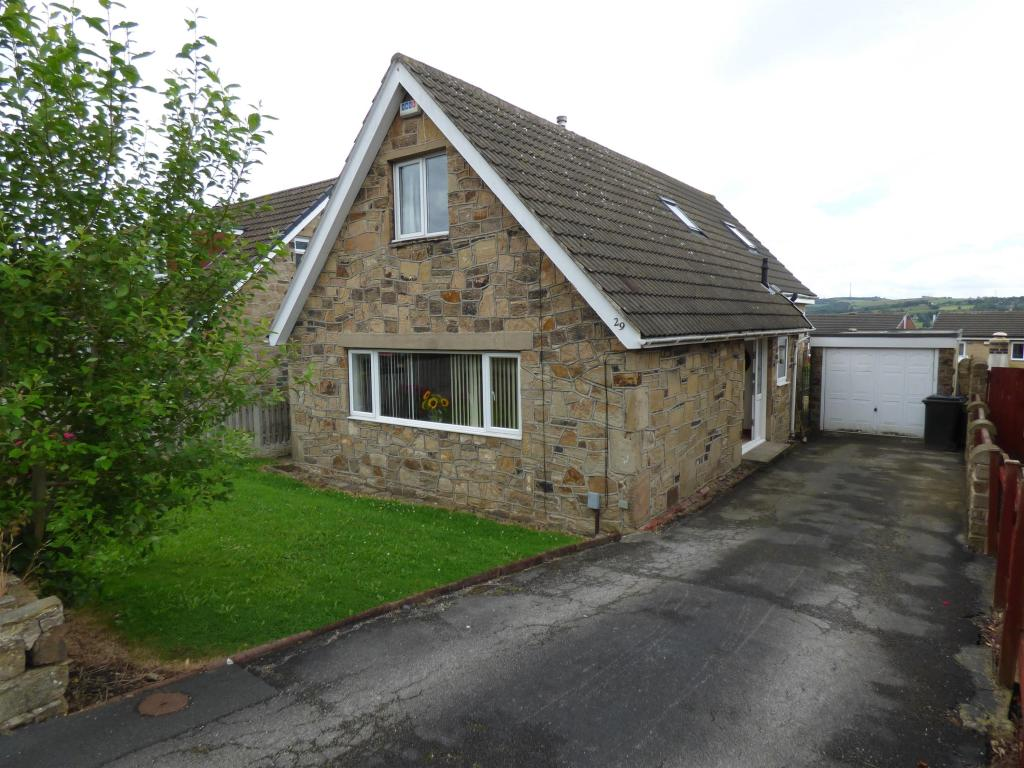 3 bedroom detached house for sale - Lady Heton Drive, Mirfield, WF14 9DZ