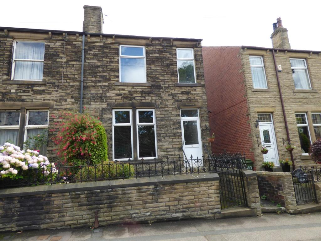 3 bedroom semi-detached house for sale - Glenroyd, St Pauls Road, Mirfield, WF14 8AX
