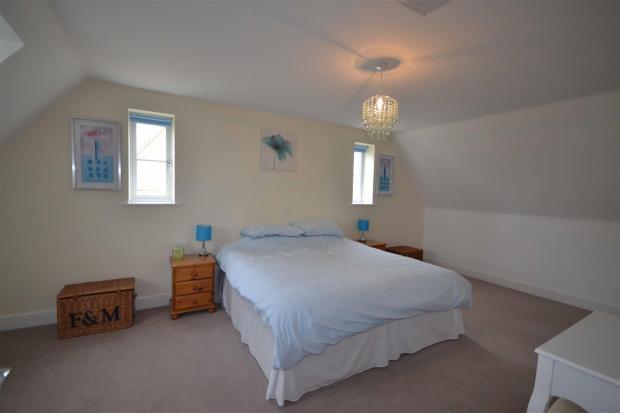 Oak Lane Bedroom Fiv