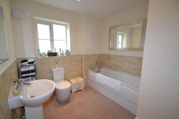 Oak Lane Bathroom.JP