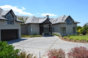 6 bed home in Western Cape, George