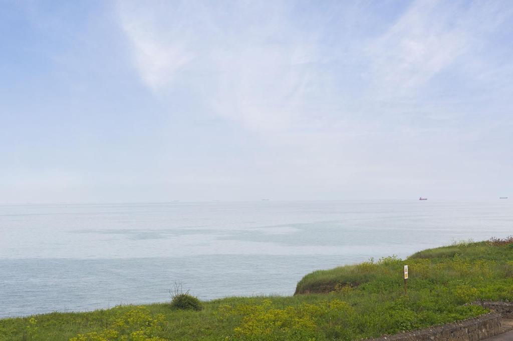 Sea-Road-W09.jpg