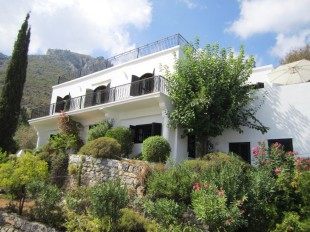4 bedroom Character Property for sale in Kyrenia, Karmi