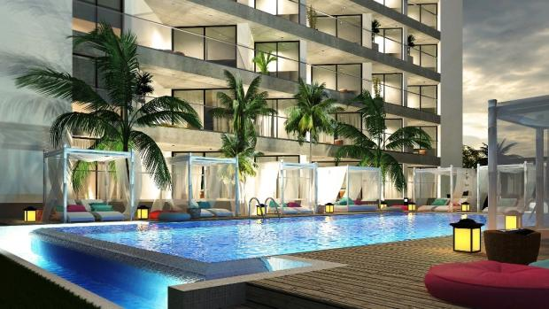 Ground level pool