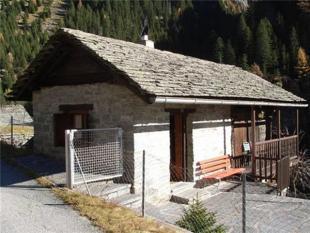 2 bedroom property for sale in Grisons, Grisons