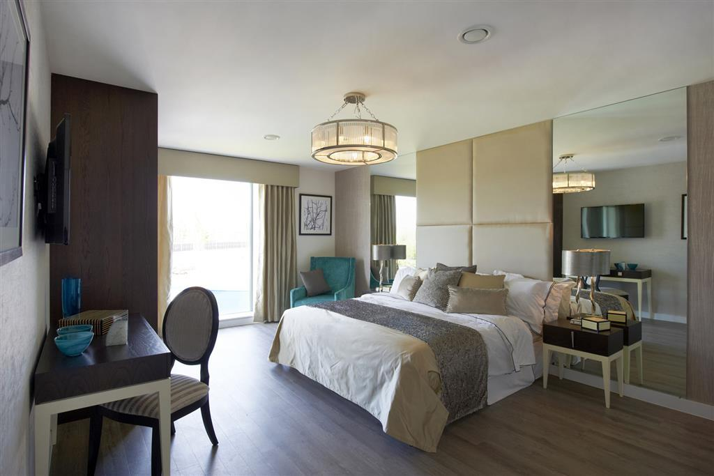Taylor Wimpey,Master Bedroom