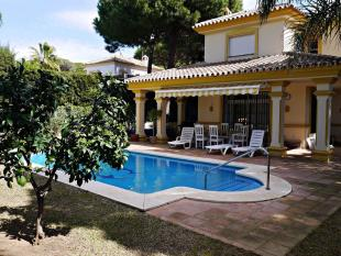 5 bed Detached Villa in Calahonda, Malaga, Spain