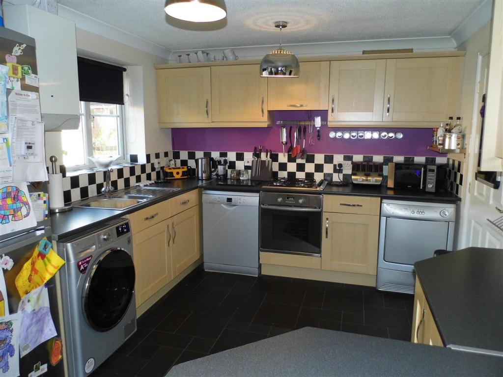 Kitchen diner