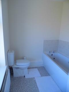 bathrom riddell.jpg