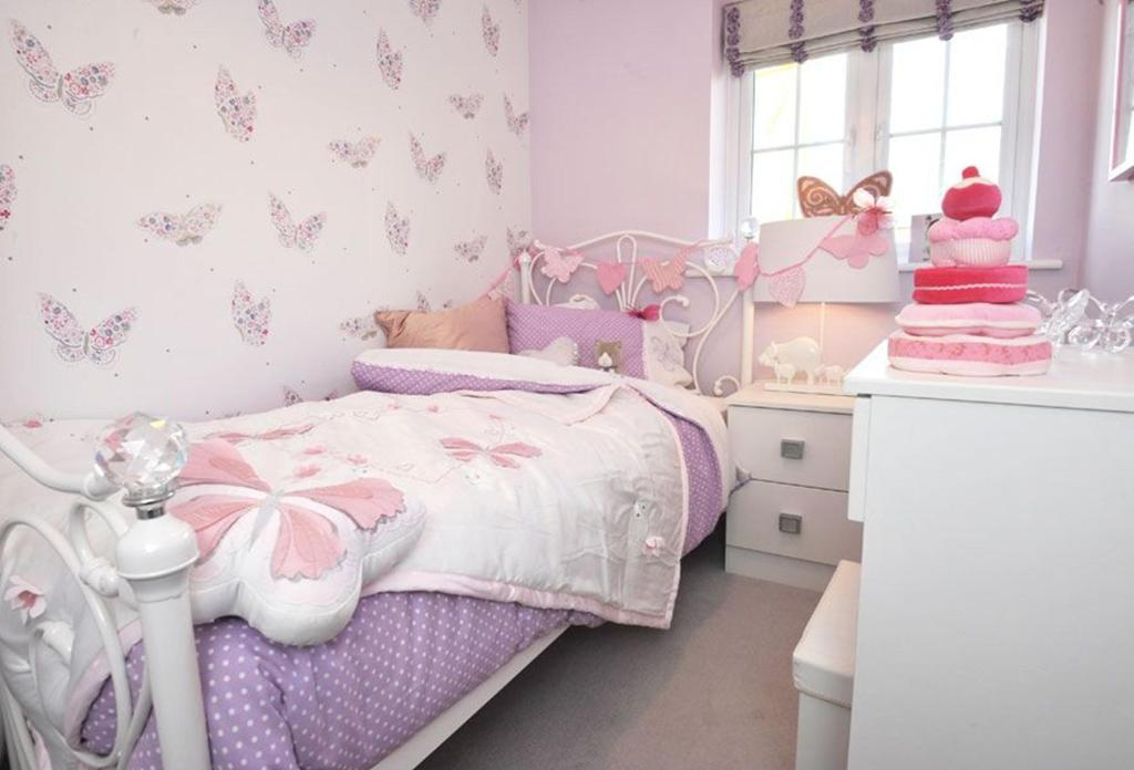 Three bedroom Finchley home