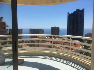 Apartment for sale in Beausoleil...