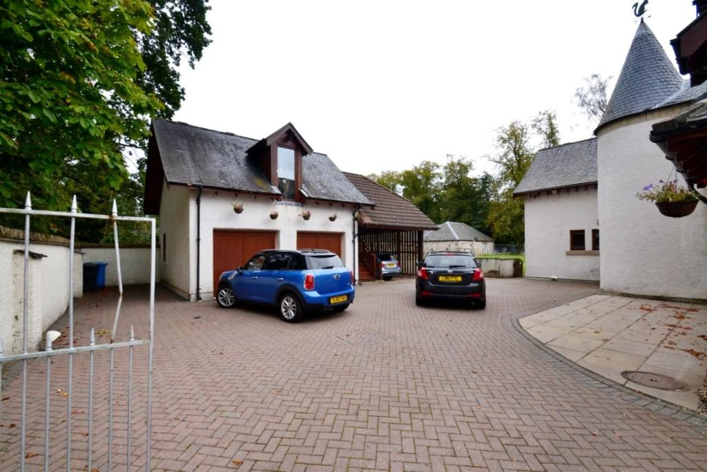 Courtyard & Garage
