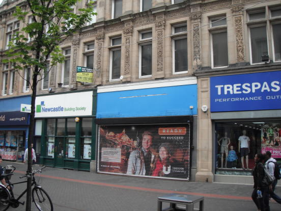 retail property high street to rent in 40 linthorpe road. Black Bedroom Furniture Sets. Home Design Ideas