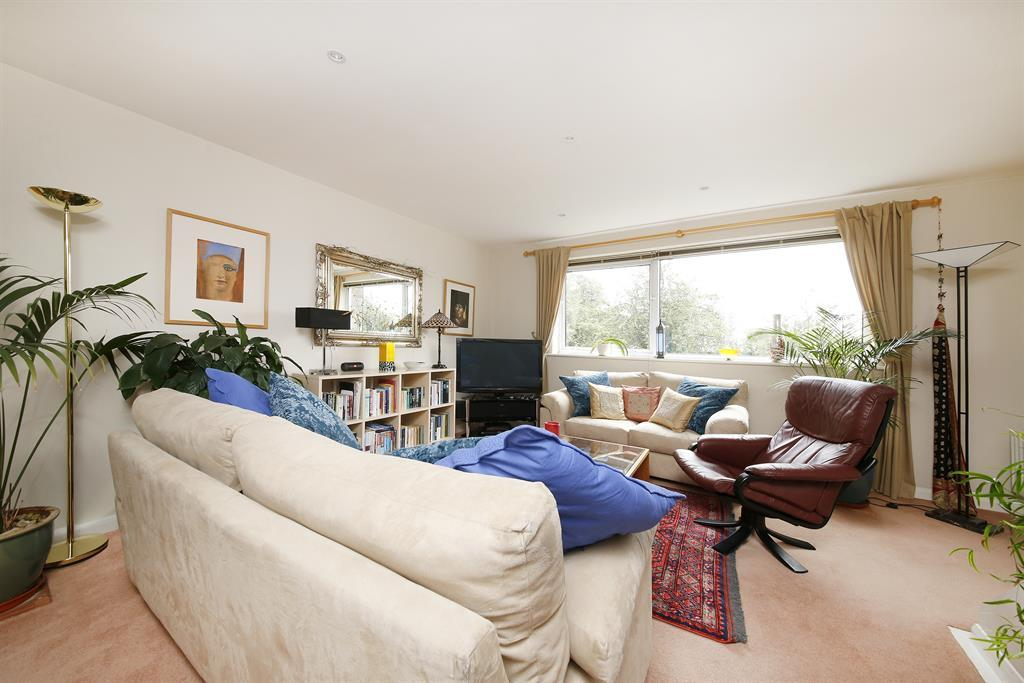 Living area with panoramic window