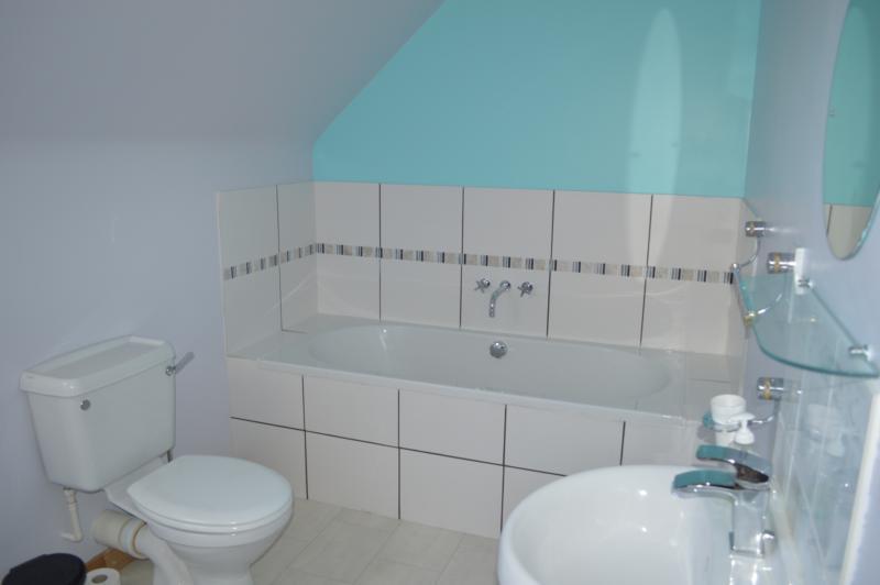 7 don bathroom