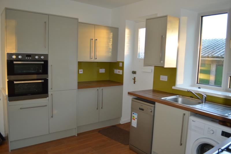 13 howford kitchen 2