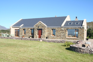 4 bed Detached property for sale in Kerry, Sneem
