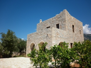 2 bedroom Detached home for sale in Peloponnese, Messinia...