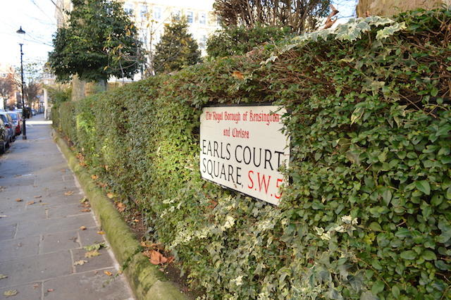 Earls Court Sign