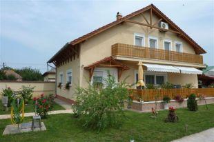 4 bed property in Jász-Nagykun-Szolnok...