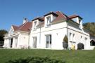 Detached property in Picardy, Oise, Chantilly