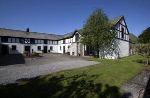 6 bedroom Equestrian Facility property in Upperwood Stable House...
