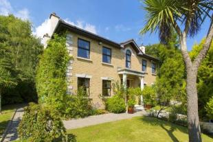4 bed Detached house in 3 Kindlestown Hill...
