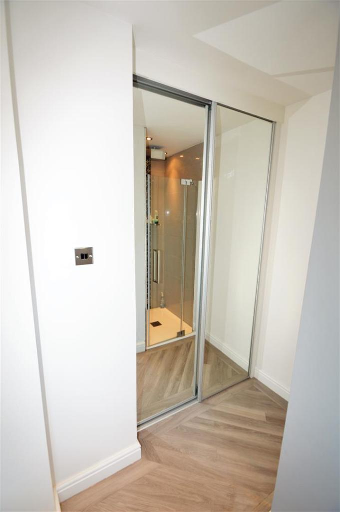 3RD FLOOR WALK IN WA