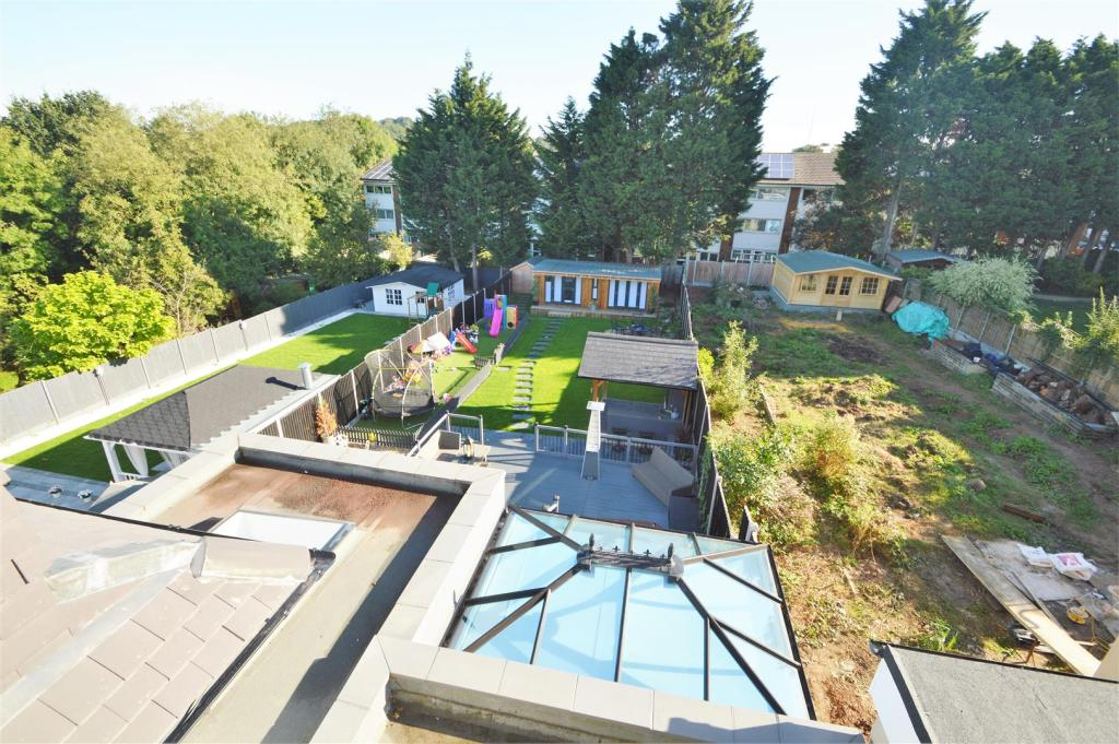 JULIET BALCONY VIEWS