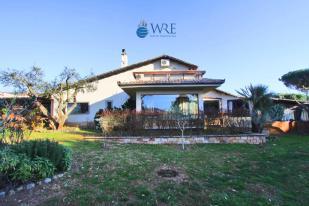 8 bedroom Villa in Sutri, Viterbo, Lazio