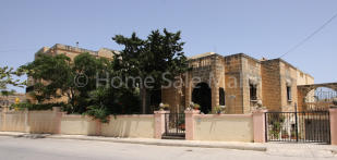 6 bed Detached Villa for sale in Bahar ic-Caghaq
