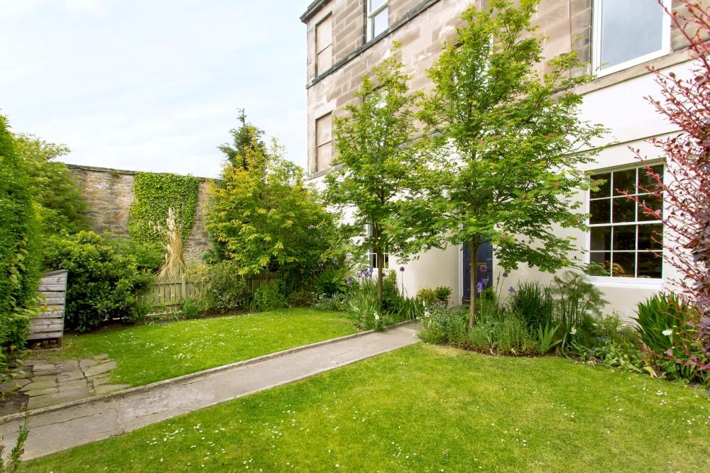2 bedroom flat for sale in 54 portland street edinburgh for Garden shed edinburgh sale