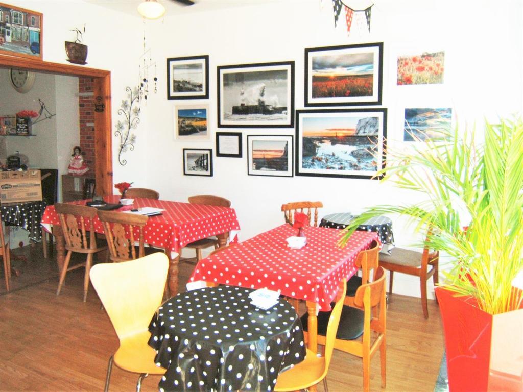 Main Cafe Area