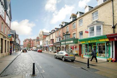 Llandrindod High Street