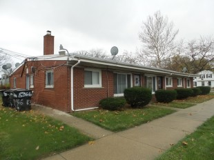 Block of Apartments for sale in Michigan, Wayne County...